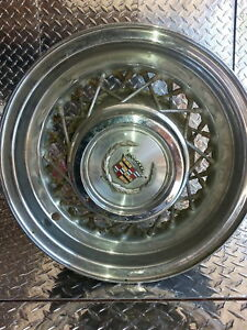 Rare 80 s Cadillac Oem Factory 15x6 5x5 Wire Wheel Rims Set Of 4 With Center Cap