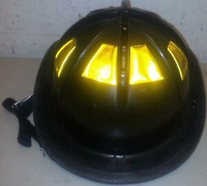 Firefighter Bunker Turn Out Gear Cairns 1010 Black Helmet Reflector H47