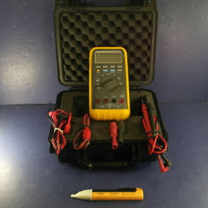Fluke 88 Automotive Meter Very Good Screen Protector Hard Case