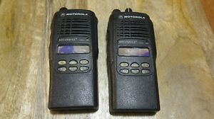 2 X Motorola Ht1250 Ls 700mhz Two Way Radio Aah255cf4dp5an Bad Lcd