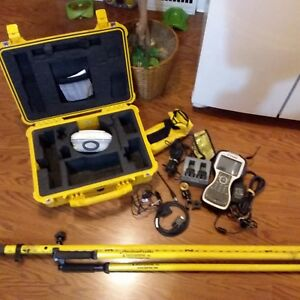 Trimble R8 Model 4 Gps Vrs Rover 450 470 Mhz Radio With Tsc 3