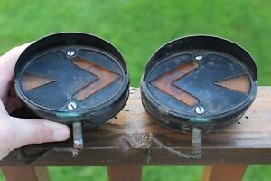 Vintage Pair Of Oval Double Sided Guide Direct Arrow Turn Signals W hoods