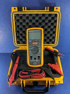 Fluke 1507 Insulation Tester Screen Protector Excellent Hard Case