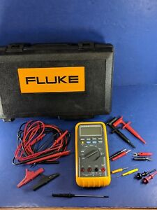 Fluke 88 Automotive Meter Excellent Condition Screen Protector Hard Case