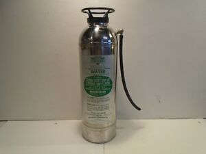 Vintage Chief Croker Water Can Fire Extinguisher 2 1 2 Gal Class A