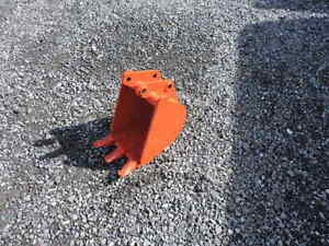 New Kubota 12 Bh65 Bh70 Bh75 Bh76 Bh77 Backhoe Buckets By Attachments Plus New