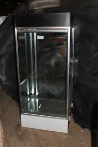 Deluxe Extra Vision Jewelry Showcase Retail Display Case Led Lighting
