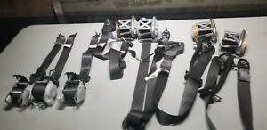 2010 2011 2012 2013 2014 Ford Mustang Seat Belt Left Right Complete Set