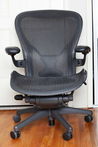 Herman Miller Aeron Chair Size C Fully Loaded Posture Fit Leather Arm Rests