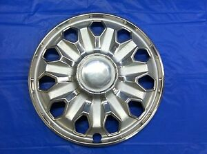 Rare Vintage 1975 76 Toyota 14 Hubcap Corona Mark Ii Good Condition