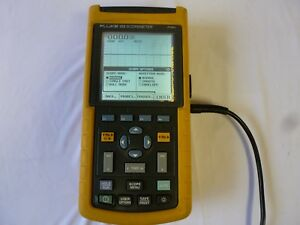 Fluke 123 Digital Oscilloscope Scopemeter Handheld fast Shipping warranty