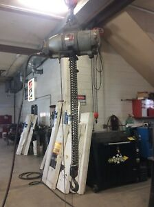Gardner Denver Keller 1 Ton Air Driven Hoist