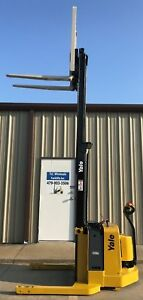 2006 Yale Walkie Stacker Walk Behind Forklift Straddle Lift Only 3461 Hours