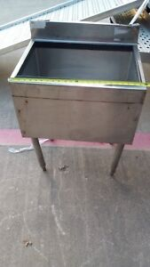 Glastender Underbar Ice Bin 24 lx19 wx35 h W Built In Cold Plate Nsf Iba 24 cp8
