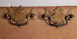 Pair Antique Vintage Chippendale Style Metal Drawer Pulls 2 1 2 Ctr To Ctr 1b