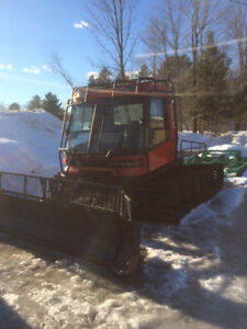 Snow Cat Groomer Pisten Bully Tucker Prinoth Trail Groomer