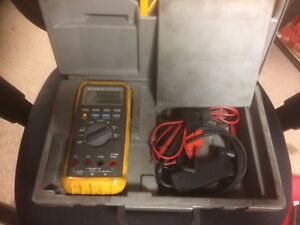 Fluke 88 Automotive Multimeter With Leads Manual And Hard Case