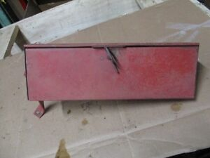 Farmall 706 Tractor Tool Box Part 383104r91