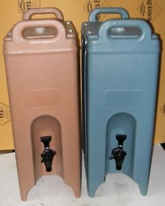 Lot Of Two 2 Cambro 500lcd 4 75 Gallon Insulated Beverage Dispenser Barely Used