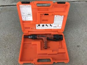 Ramset Viper 27 Cal Powder Actuated Tool Used Tested Working Case Included