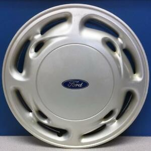 One 1995 1997 Ford Windstar 919a 15 12 Slot Hubcap Wheel Cover F58z1130b