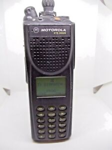 Motorola Xts 3000r 800mhz Portable Two Way Radio H09uch9pw7bn