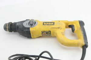 Dewalt D25213 8 Amp 1 In Corded Concrete masonry Rotary Hammer
