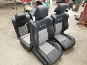 11 14 Dodge Challenger Complete Seat Set With Console