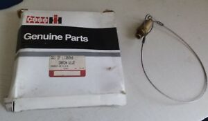 Case Ih New Holland Valve Bleeder Part L126866 nos