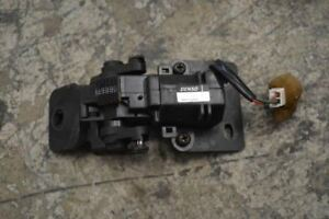 1998 1999 2000 2001 Toyota Land Cruiser Right Quarter Latch Motor 85770 6002