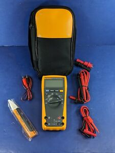 Fluke 177 Trms Multimeter Excellent Condition Soft Case