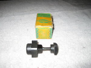 Greenlee No 731 Square Radio Chassis Knock Out Punch 1 2