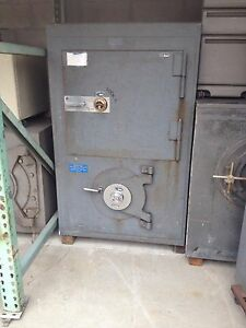 Heavy Old Safe Antique Gun Safe Large Big