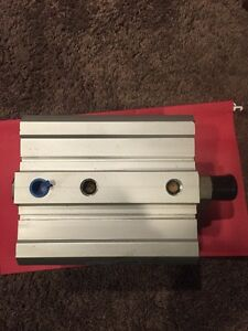 Smc Compact Pneumatic Single Acting Cylinder Spring Return Bore Approx 5 5 1 2
