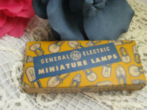 Collectible General Electric Miniature Lamps 40s 50s Ge Bulbs 55