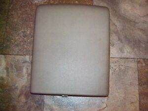 2005 2006 2007 2008 Ford F150 F 150 Center Console Cover Lid Arm Rest Tan