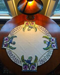 Exceptional Antique Arts And Crafts Period Embroidered Lamp Table Linen Textile