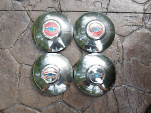 Vintage Oem Chevrolet Dog Dish Hubcaps Set Of 4 Hub Caps Chevy 1949 1950