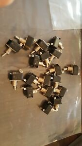 Lot Of 18 C h On off Toggle Switch 3a 250 Vac 6a 125 Vac Bx99