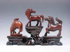 3 Japanese Boxwood Hand Carved Horse Netsuke W Wooden Stand 01041917