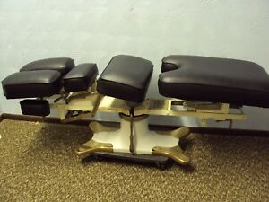 Mcmanis Osteopathic chiropractic Table Black