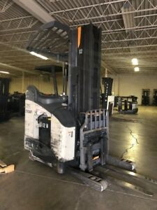 2014 Crown Rm6095s 45 107 240 With Battery Forklift