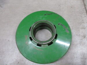 John Deere Center Sheave For 4400 4420 6600 Combines ah85700