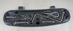 Bmw E46 M3 330 325 Trunk Tool Kit Tray Holder Tow Hook Wrench 1094910