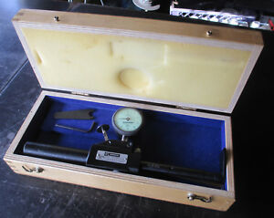 Federal Bore Surface Gauge Gage Dial Indicator 0001 In Box Free Shipping