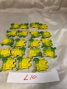 New Phoenix 3044128 Ut 4 pe Contact Terminal Block lot Of 19