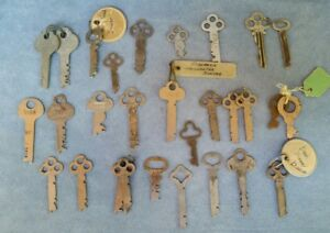 Lot Of 28 Vintage Flat Keys Yale Towne Corbin Sargent Yale Jr Bainbridge