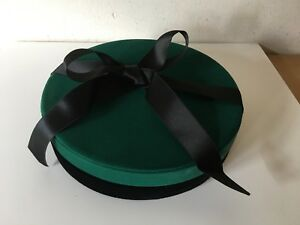 New Necklace Case Case For Necklace 7 7 8in Of Diameter Green Velvet