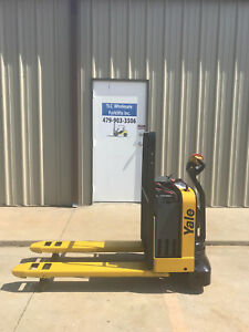 2010 Yale Electric Pallet Jack Model Mpw050 Forklift Walkie Only 418 Hours