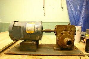 Three Phase Motor And 20 1 Gear Reducer On Frame